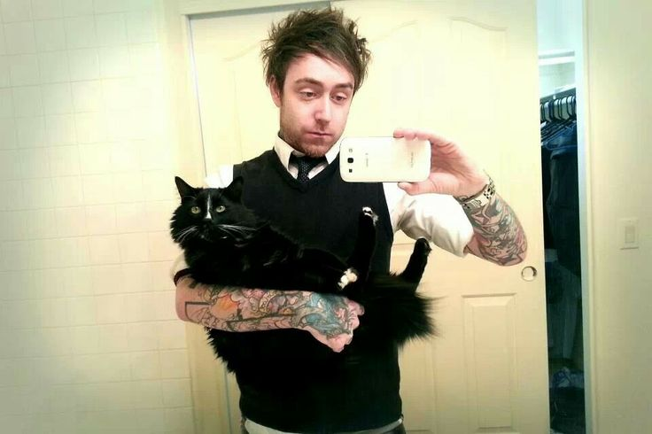 Chris Saint- and you have a black cat! Flkdndlfnsidhdkicb! <3