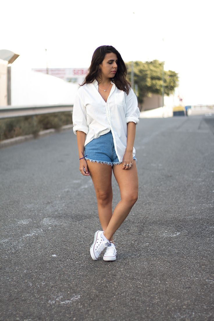 Outfit Blogger Formal White Shirt Denim Short Sammydress Rosegal Rings Converse All Star