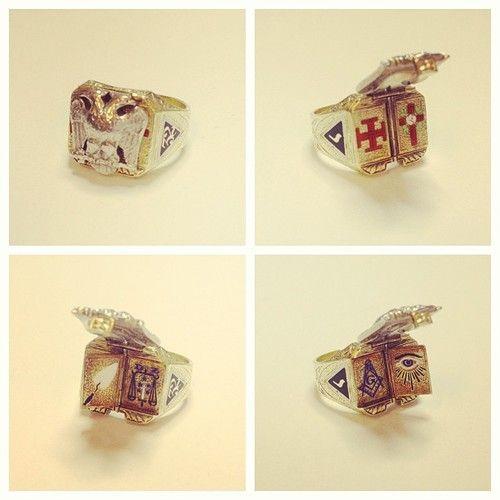 Antique 32nd Degree Scottish Rite ring