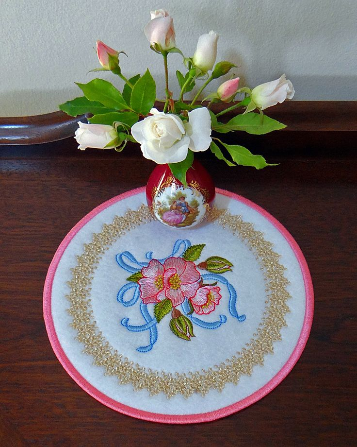 Briar Ribbon and Bouquet doily from the Golden Classic Collection Embroidery designs by Sue Box