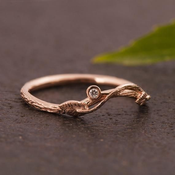 Dainty Twig And Leaves Wedding Ring Set With A Diamond Twig Etsy Leaf Wedding Rings Wedding Ring Sets Gold Leaf Rings