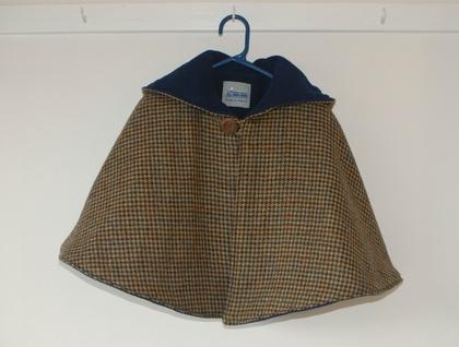 100% Wool Tweed Cape with Fleece Lining www.etsy.com/shop/traintoboston