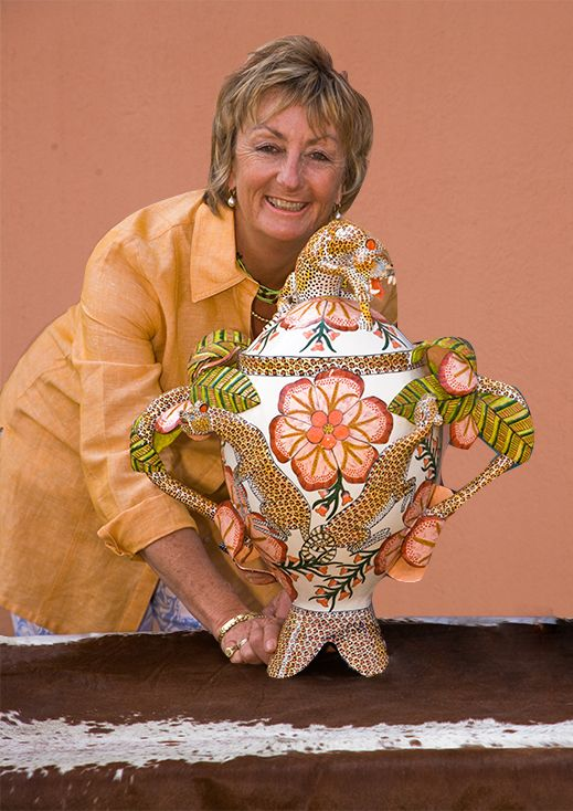 Celebrated Ceramic Artist from South Africa. Ardmore founder. http://www.ardmoreceramics