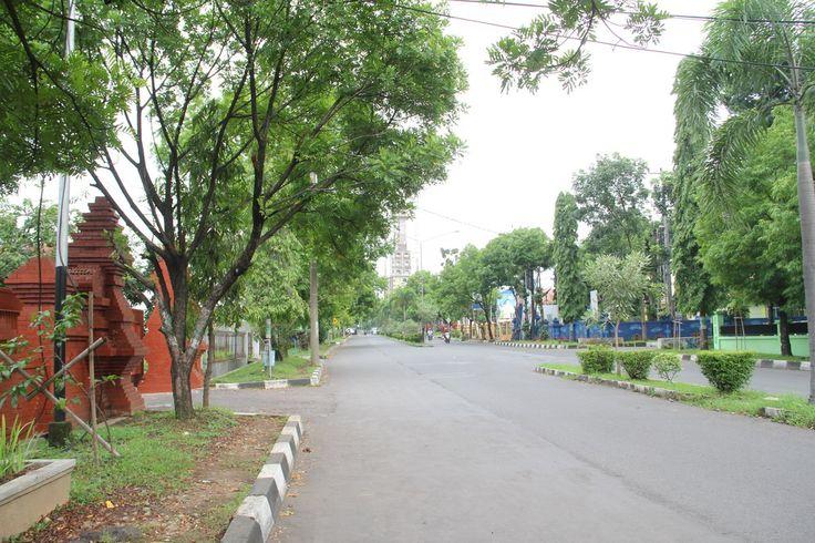 Jalan Sunan Drajat Sumber  Komplek Perkantoran Pemkab Cirebon, Jawa Barat, Indonesia