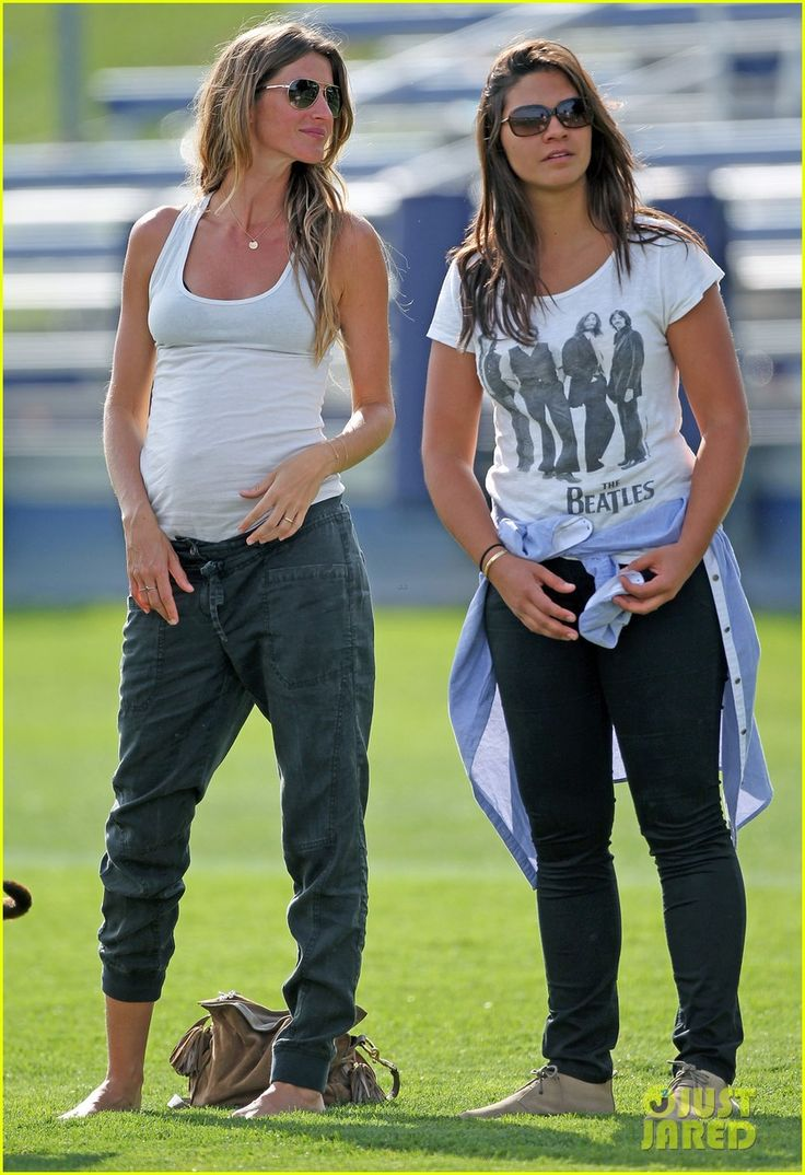 And yea, i want Gisele's pregnancy pants. for non pregnancy times.     Gisele Bundchen & Tom Brady: Patriots Training Camp with the Boys!
