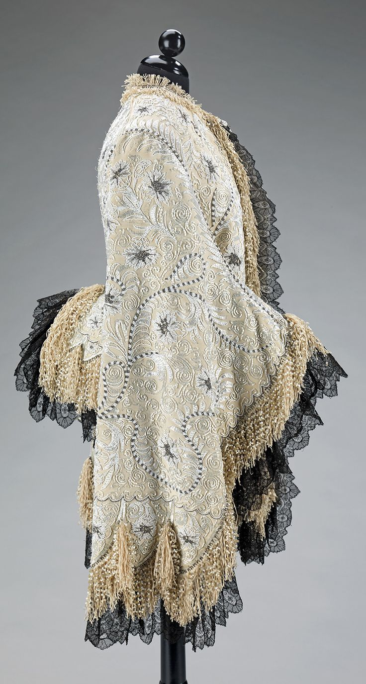 Mantle, ca. 1885, probably French, silk, metal