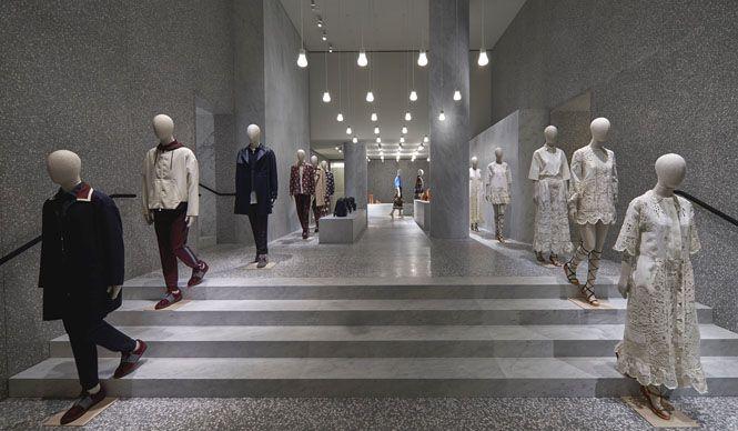 ローマに「ヴァレンティノブティック」旗艦店がオープン VALENTINO