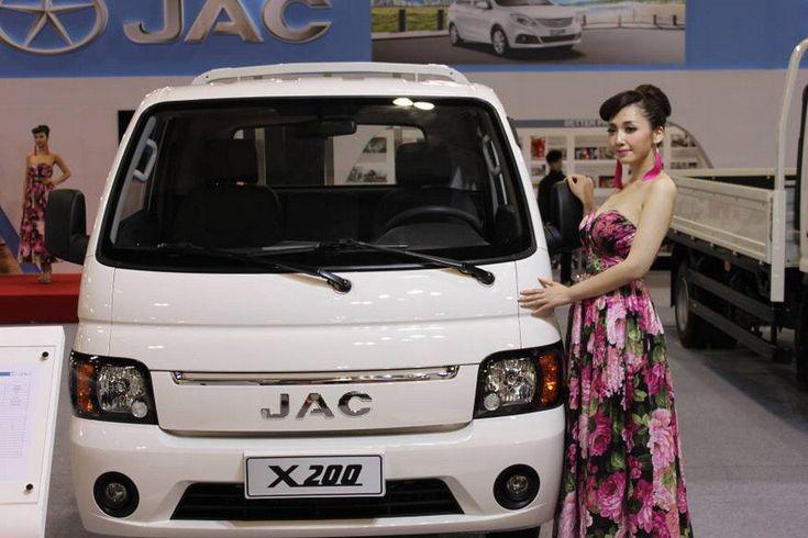 На автосалоне в Макао прошла премьера грузовика X200, с которым компания JAC входит в новый для себя сектор легких развозных машин для города.