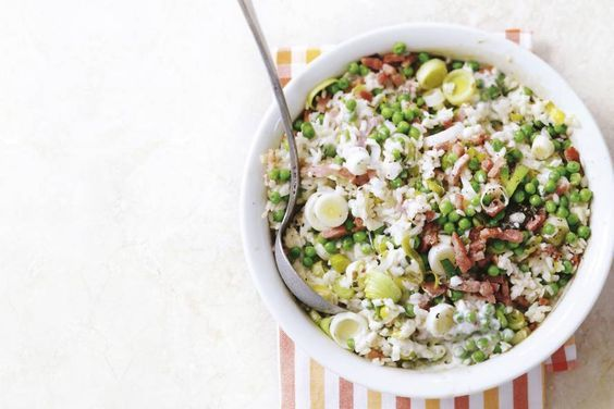 12 januari - Prei in de bonus - Makkelijker kán bijna niet. Je oven maakt de risotto. De crème fraîche maakt 'm heerlijk romig - Recept - Allerhande