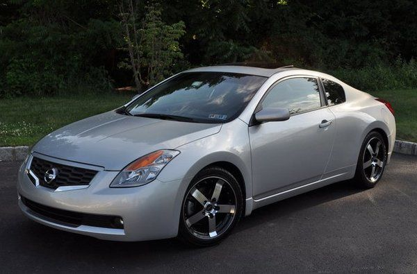Nissan Altima Coupe #cars #coches #carros