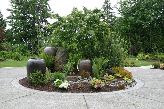 Driveway Planter, Circular Drive Landscaping Driveway Classic Nursery and Landscape Woodinville, WA