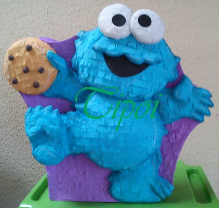 Piñata come galletas