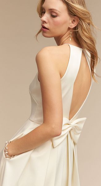 Amazing Modern Satin Gown with Pockets u a Bow