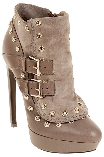 Alexander McQueen - Women's Accessories - 2012 Fall-Winter: 2012 Fall Wins, Alexander Mcqueen Shoes, Alexander Mcqueenღ, Alexander Mcqueen Heels, Alexandermcqueen, Winter Boots Women Heels, Women Accessories, Fashion Accessories, Fall Boots