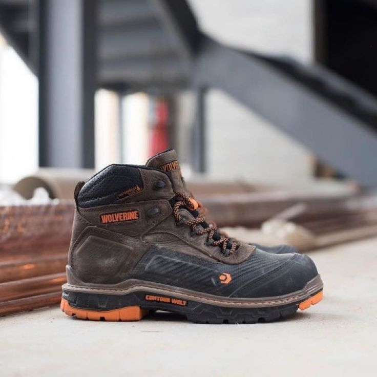 The Wolverine Overpass has launched with your comfort and safety in mind and featuring Contour Welt and CarbonMax technologies.  https://www.protoolreviews.com/tools/safety-workwear/wolverine-overpass/33082/  #Wolverine #Overpass #WorkBoots
