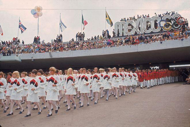 Tenue étonnante des Jeux Olympiques Etats-Unis Mexico 1968