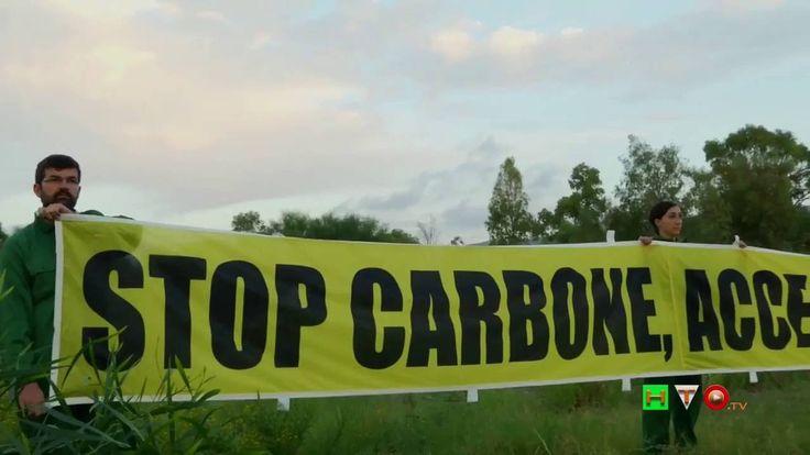 GREENPEACE a Saline Joniche climber sulla ciminiera: Stop Carbone - www....