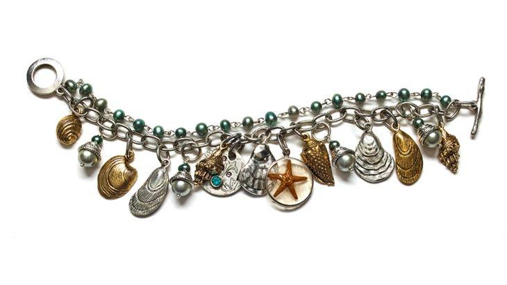 seaside charm bracelet hero