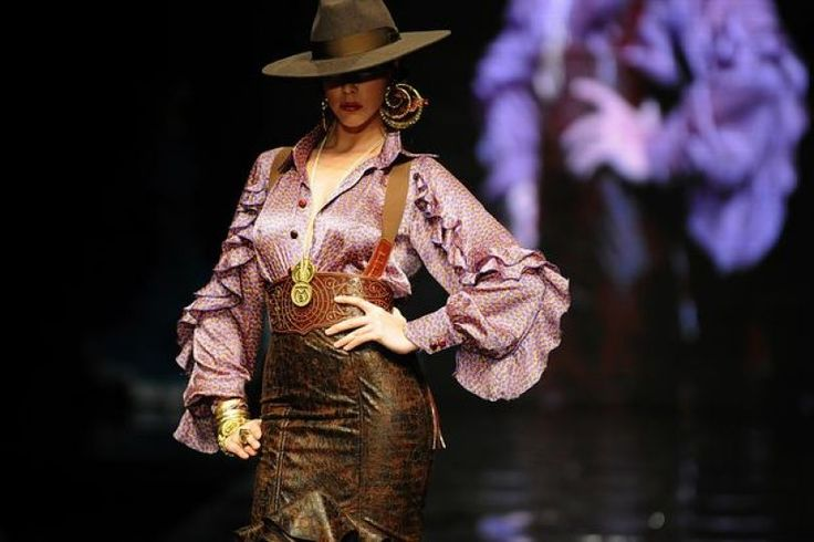 A model presents a creation by Spanish designer Vicky Martin Berrocal during the SIMOF 2011 (Interna