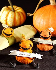These felt pumpkin people, created by artist Jennifer Murphy, are a charming Halloween decoration perfect for the home.