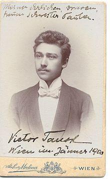 Viktor Tausk (1900).jpg