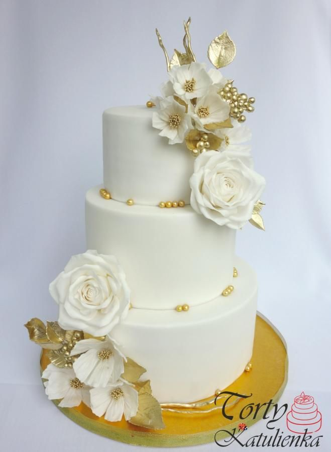 white and gold wedding cake ideas 8639 best wedding cakes images on 27205