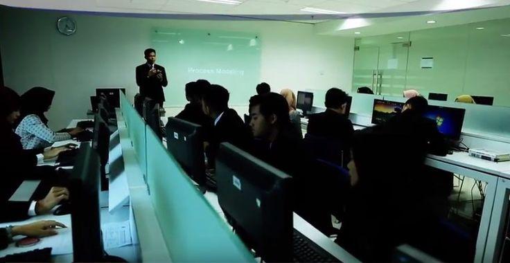 ESQ Business School - EST Berikan Pemahaman Pentingnya Komunikasi Pemasaran Dalam Berbisnis