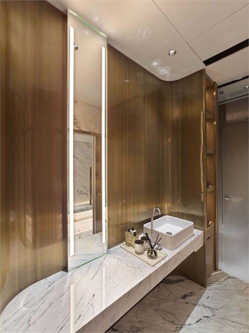 Cant go wrong with majestic gold walls in like this bathroom! www.remodelworks.com: