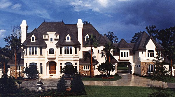 12 best some of the big boy houses images on pinterest for Floor plans for 5000 sq ft homes