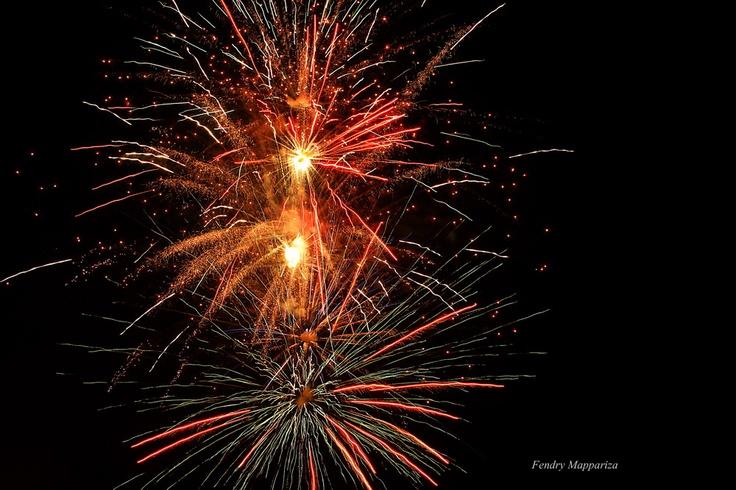keindahan kembang api di tahun baru