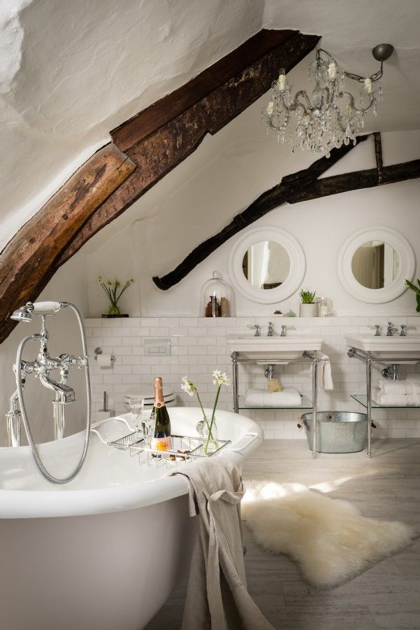 Unique Home Stays - beautiful bathroom in modern country style