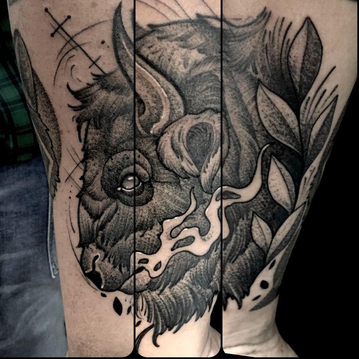 Buffalo neotraditional tattoo by Juan david Castro R