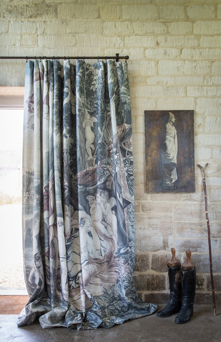 Venus Asleep fully made-up curtain   #neutrals #collection #curtains #interiors #tapestries #zardi&zardi #V&A