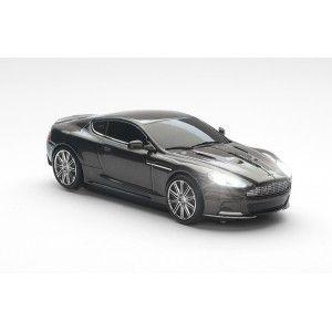 Aston Martin DBS Quantum Silver