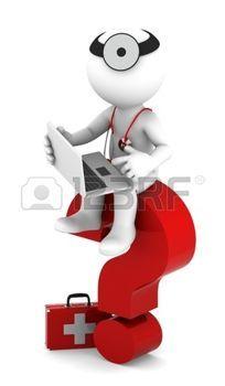Medic con sittting port�til en signo de interrogaci�n rojo aislado en blanco photo