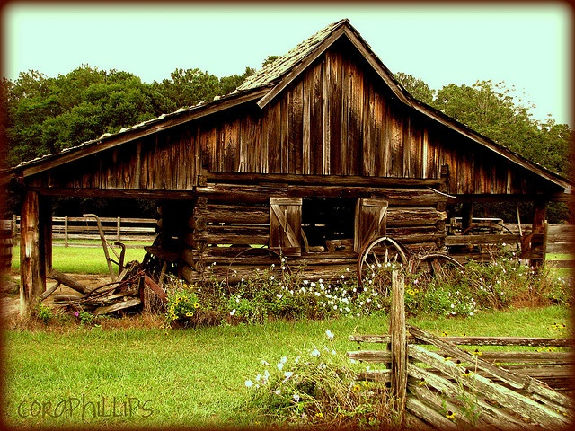 What a neat old barn...