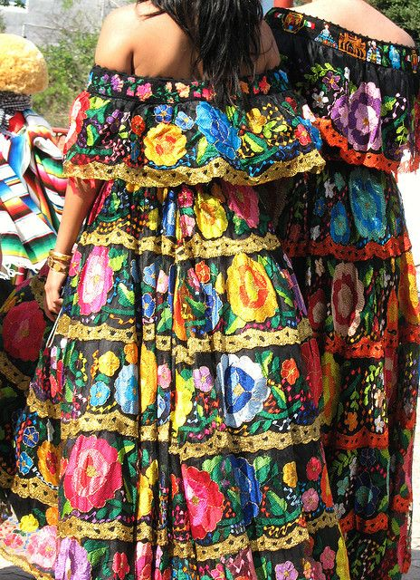"""Chiapanecas Mexico    During fiestas the Mestiza women from Chiapa de Corzo, Chiapas wear beautiful costumes (blouse and skirt) embroidered with large and colorful flowers. These women are called """"chiapanecas""""."""
