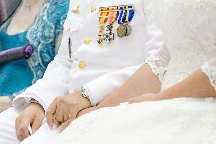 Dame la mano y vamos a darle la vuelta al mundo...La #bodaLOVE de A+S❤️❤️❤️  Nos encanta contar vuestras historias de amor...¿hablamos?  +info: hola@lovebodasyeventos.com  ¡Feliz Jueves, Lovers!  LOVE #weddingplanner #bodasbonitas #Cádizsiquiero #deco #handmade #love #amor #wedding #weddingday #weddingdecor #weddingplanner #decor #design #destinationwedding #inlove #Cádiz #candybar #chocolate #happy #feliz #verano #summer #boda #bodasunicas #fashion #fashionblogger #blog #blogger #youtube