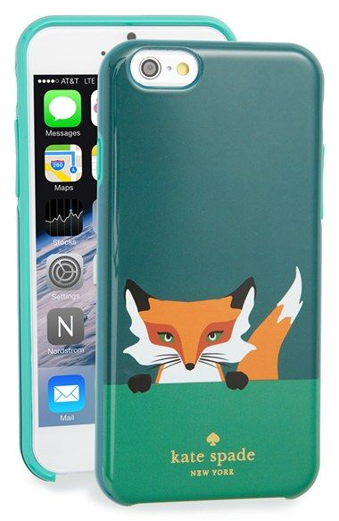 A perfectly charming fox peers from a rigid case built to protect your iPhone 6 or 6s.
