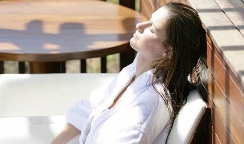 Un 23 % de los españoles desarrolla manchas solares en la piel a los 45 años  Leer más:  Un 23 % de los españoles desarrolla manchas solares en la piel a los 45 años - La Razón digital  http://www.larazon.es/detalle_normal/noticias/8445562/salud/un-23-de-los-espanoles-desarrolla-manchas-solares-en-la-piel-a-los-45-anos#Ttt1GcOQ4f0mwH3k Convierte a tus clientes en tus mejores vendedores: http://www.referion.com