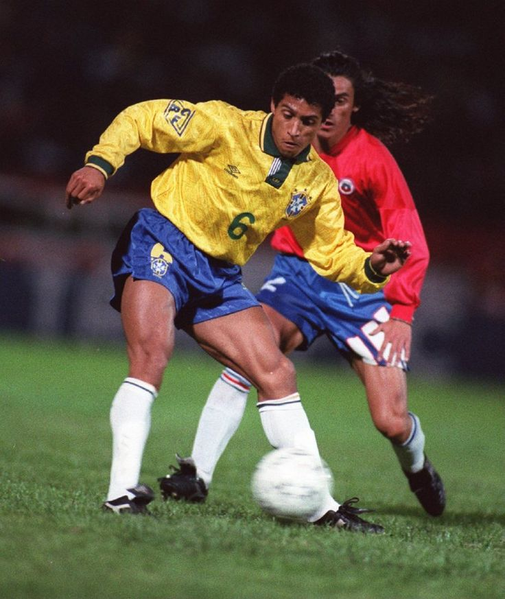 With 820 club appearances, 120 international caps for Brazil and 23 trophies to show for himself including a World Cup and three Champions Leagues, legendary Brazilian left-back Roberto Carlos and his bulging rhino thighs have called time on their career this morning at the grand old age of 39 in order to 'move upstairs' and become Anzhi's director of football.