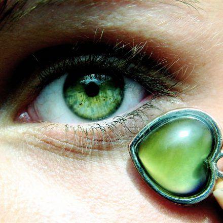 Masques pour atténuer les cernes et poches sous les yeux   Santé, Nature & Cie - Soins énergétiques