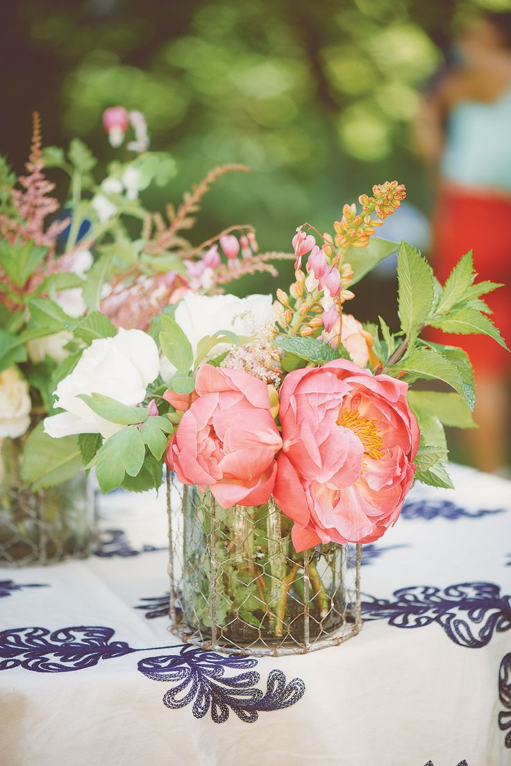 Top blooms. English roses, peonies, hydrangeas, dahlias and ranunculus continue to be go-to favorites among brides.