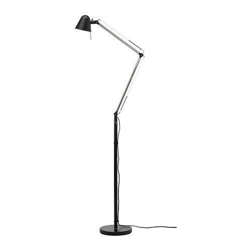 IKEA - UPPBO, Golv/läslampa, Du kan enkelt rikta ljuset dit du vill eftersom lampans arm och huvud går att justera.Ger ett riktat ljus som är bra för läsning.
