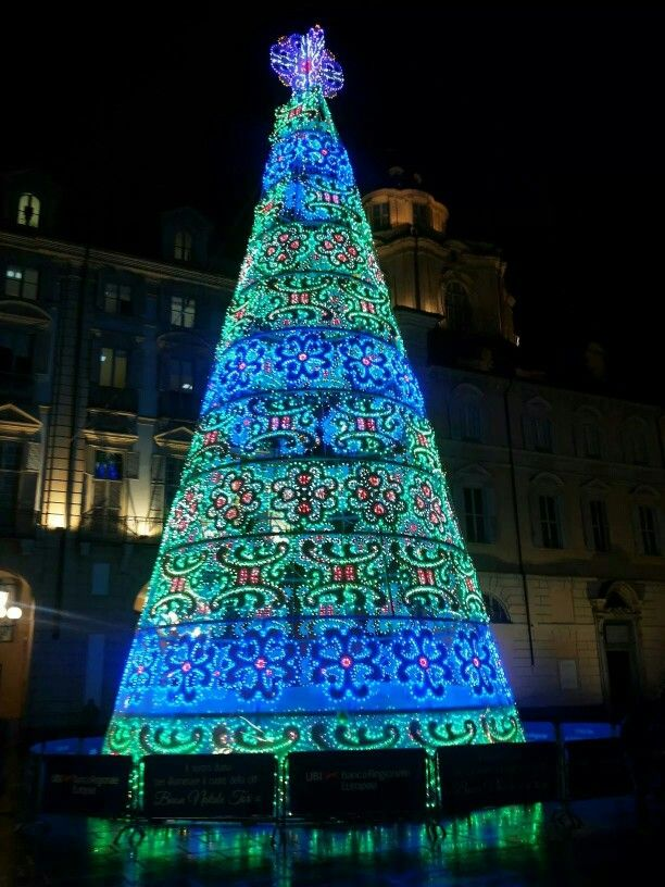 Piazza Castello, natale 2014 Learn Italian in Turin   www.ciaoitaly-turin.com