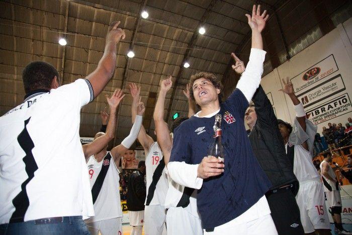 Da reforma do ginásio ao título da  Liga Ouro: a saga vascaína até o NBB #globoesporte