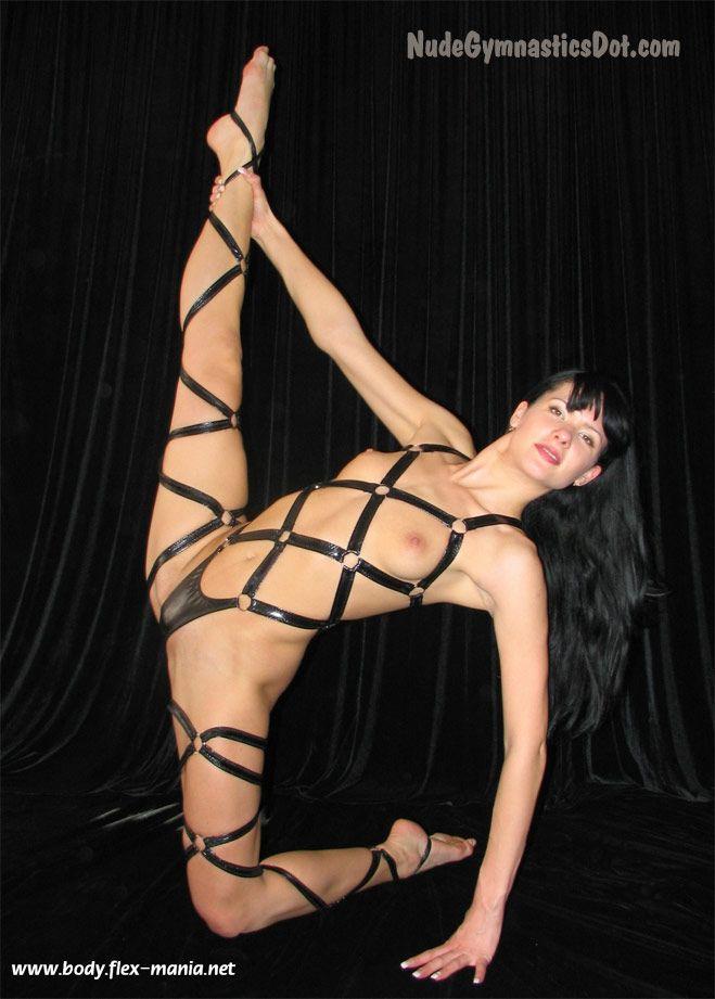 Flat Gymnast Nude 71