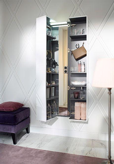 gut strukturierter stauraum f rs bad burgbad crono kosmetikschrank ganzk rperspiegel mit. Black Bedroom Furniture Sets. Home Design Ideas