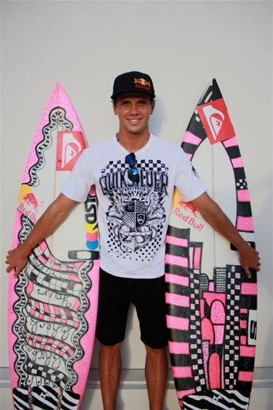 Julian Wilson, ambassador of the Breast Cancer foundation, has pink surfboards in honor of his mom who had breast cancer.