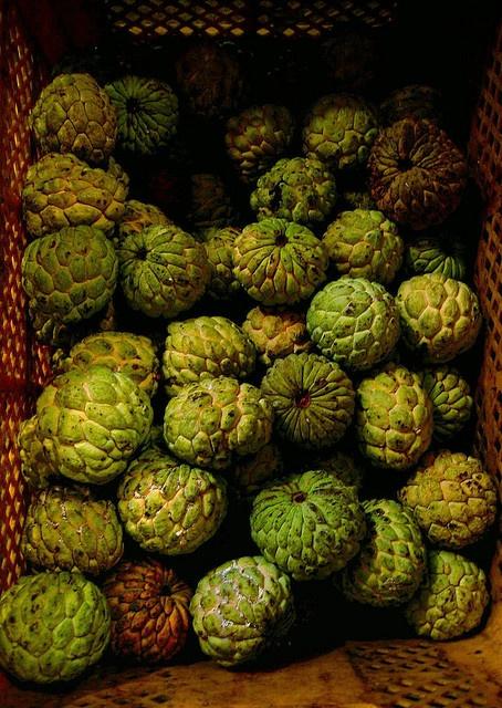 Atis (aka Atemoya). One of my favorite fruits, Sweetsop.